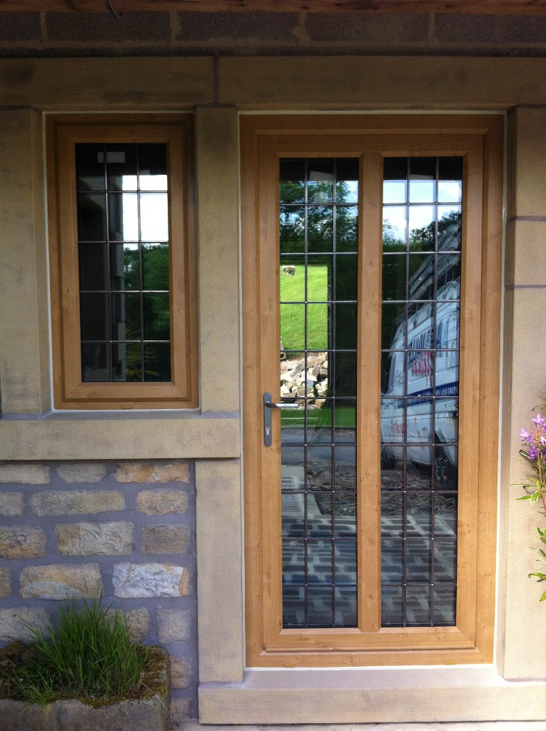 Artisan Coloured Profile Irish Oak Aire Valley Glass